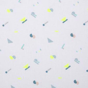Baumwollstoff mit Alphabet-Aufdruck in Blau und Neongelb
